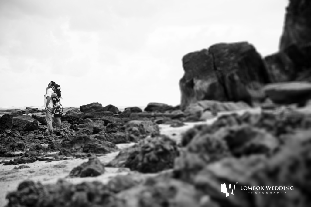 Lombok-Pre-Wedding-Engagement Photography Batu Payung Anusha Vinashal 01