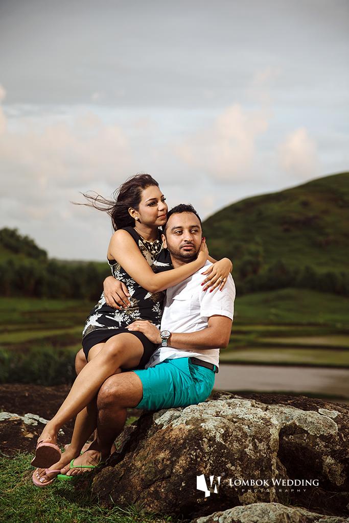 Lombok-Pre-Wedding-Engagement Photography Batu Payung Anusha Vinashal 04