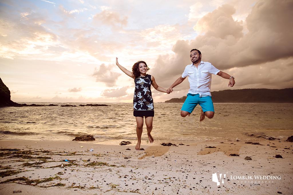 Lombok-Pre-Wedding-Engagement Photography Batu Payung Anusha Vinashal 06
