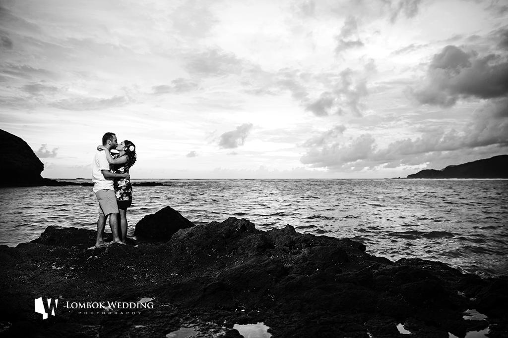 Lombok-Pre-Wedding-Engagement Photography Batu Payung Anusha Vinashal 07