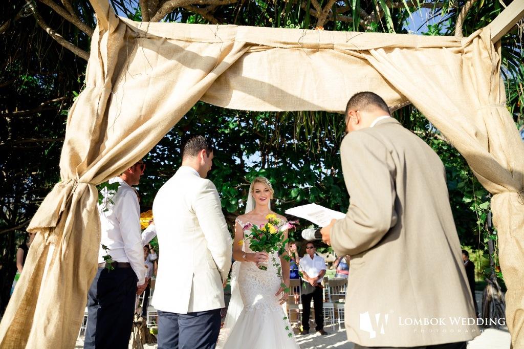 Villa Sepoi Sepoi Lombok Wedding Photographer 025