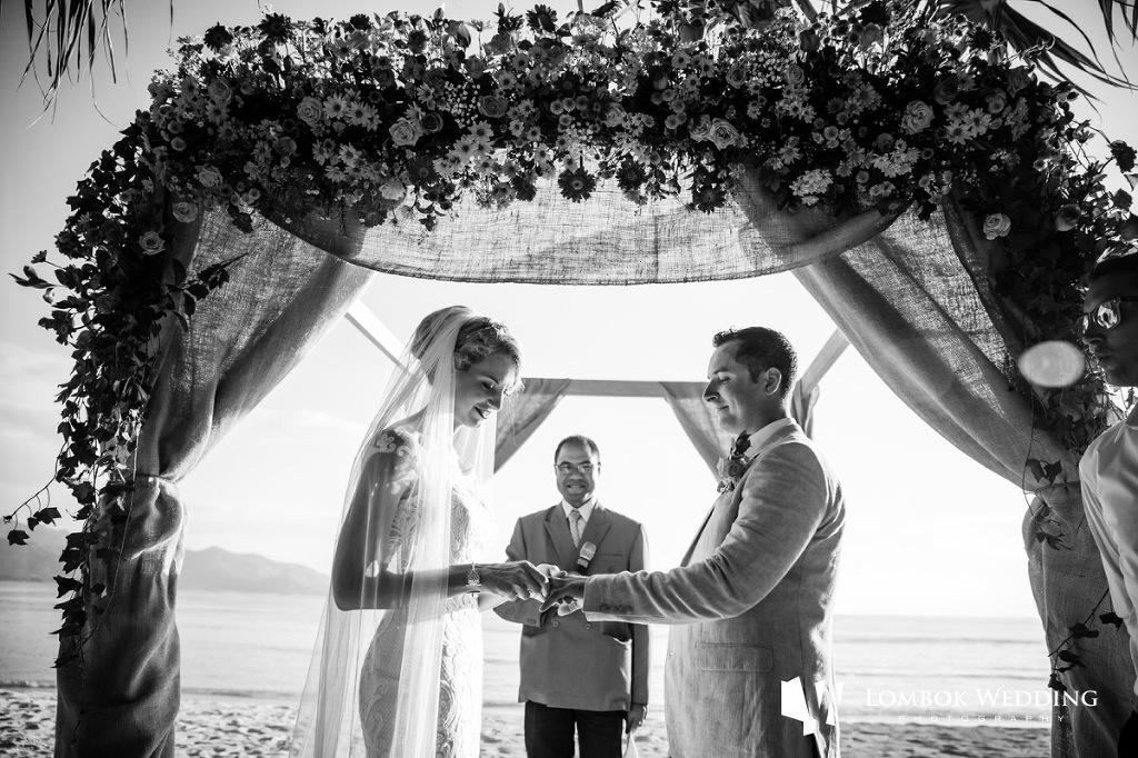 Villa Sepoi Sepoi Lombok Wedding Photographer 039